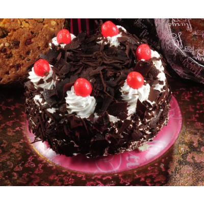 Fresh Cream Black Forest Cake (Eggless)